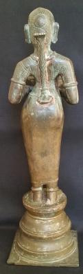 deepalakshmi-back