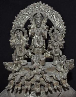Surya lamp Closeup
