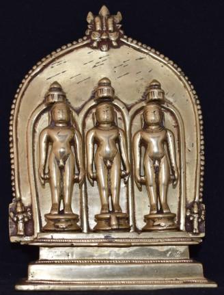 Tri Thirthika