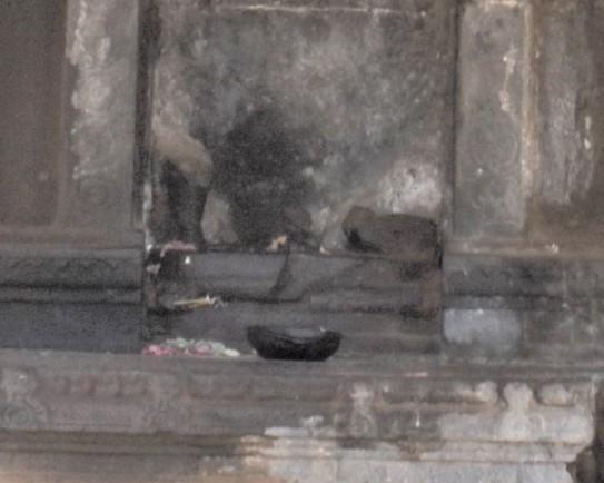 darasuram missing Ganesha closeup